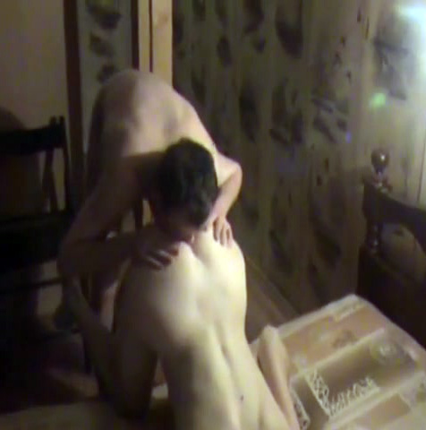 A hubby films wife with someone else 2