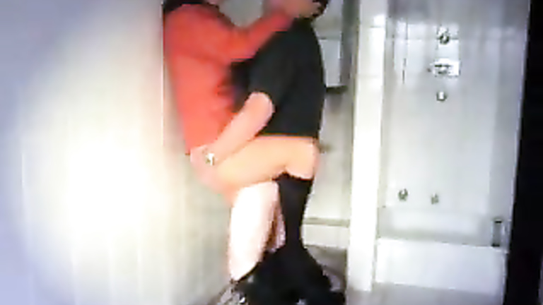 Drunk Girl Cheats On Boyfriend