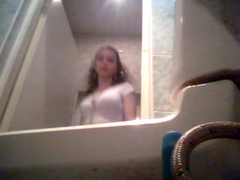 Skinny beauty in a skirt pees in spycam video