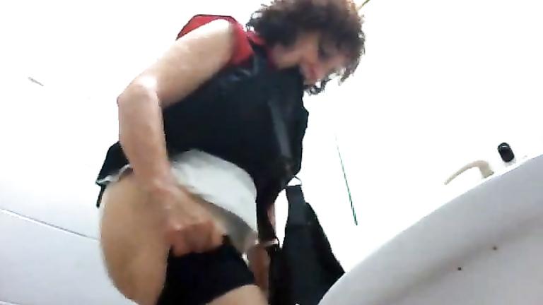 Mature hidden camera porn