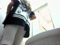 Pregnant blonde girl goes poop in spycam porn