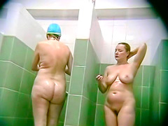 Curvy amateur ladies shower in voyeur porn