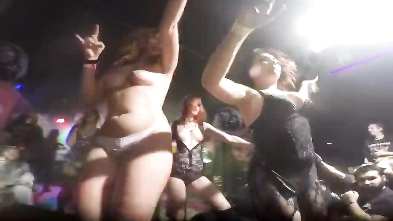 Ginger chick shows her boobies in the Russian nightclub