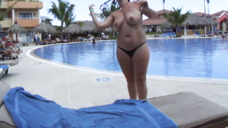 Big babe and her even bigger tits