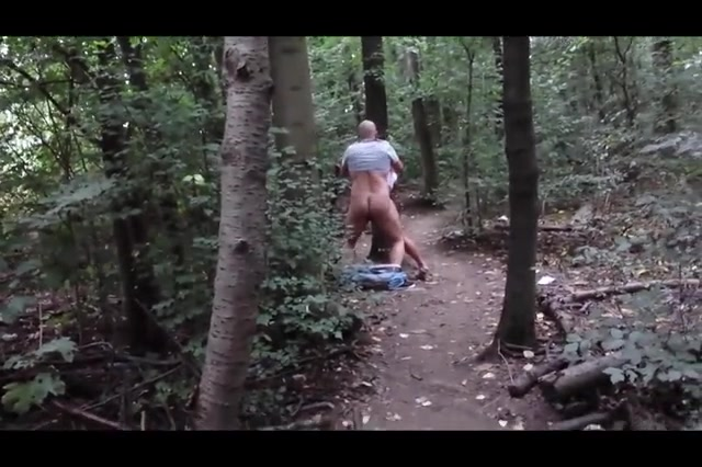 Mature couple enjoys fumbling really hard in the forest