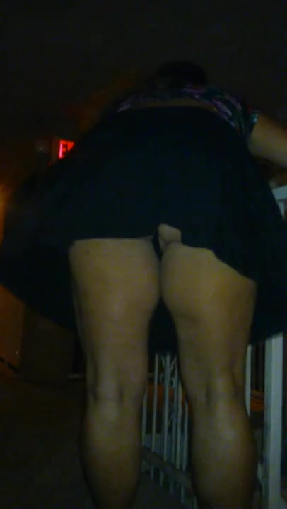 Chubby floozie has her black G-strings taped on camera