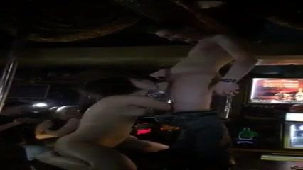 Bombastic chick sucks the dick in the nightclub