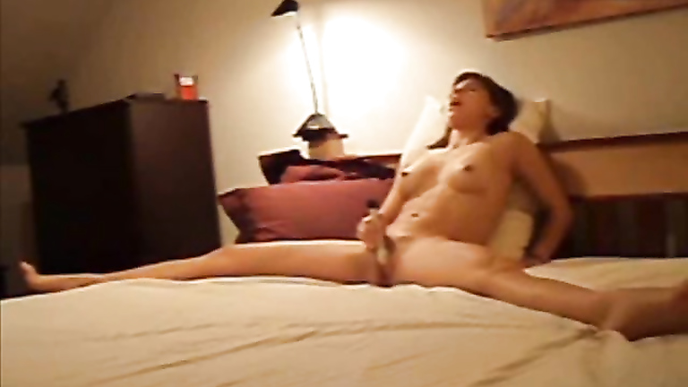 My ex-girlfriend films her own masturbation adventure