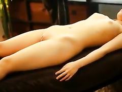 Smoking hot Japanese princess gets her cleanly shaved pelvis rubbed