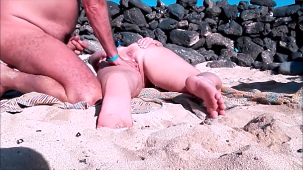 Cum on hairy pussy video