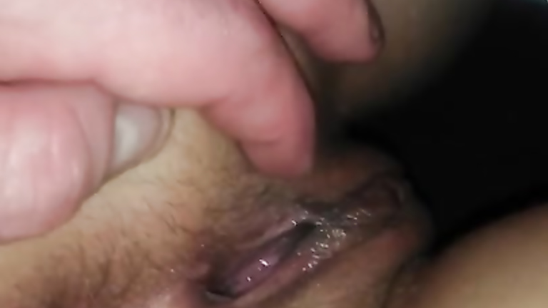 Watch free wet pussy finger