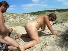 Lucky nudist meets a lonely mature woman and bangs her