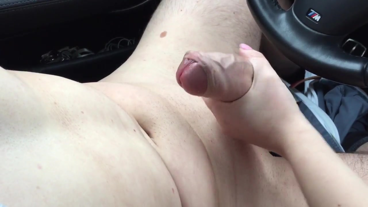 Sexy girlfriend loves tugging on a fat dick in the car