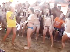 Filmed on cam beach party only in Russia