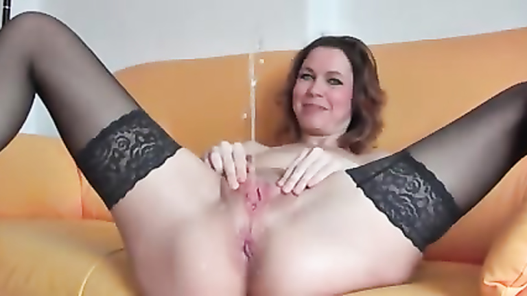 Submissive big tits blonde bjs