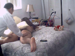 Vibrating massager pleasures wife in homemade movie