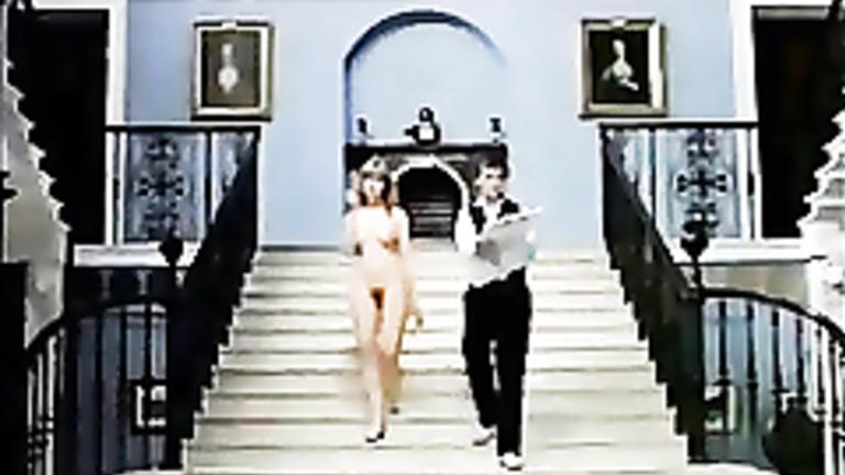 Nude Helen Mirren flashing her big tits