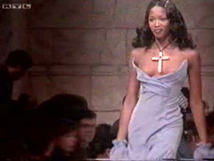 Black supermodel has a nipple slip on the runway