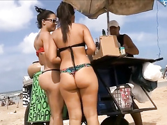 Beach butts in thong bikinis are the best