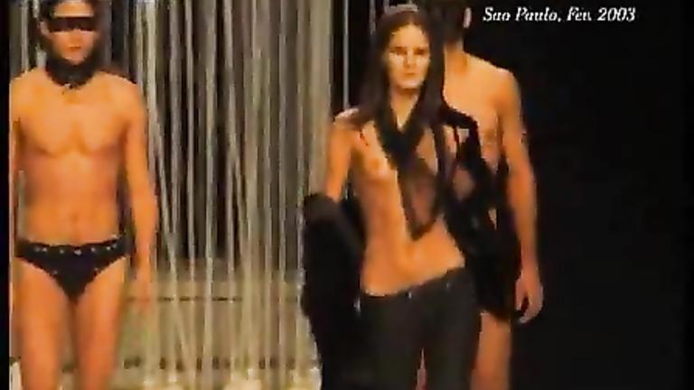 of supermodel tits pics