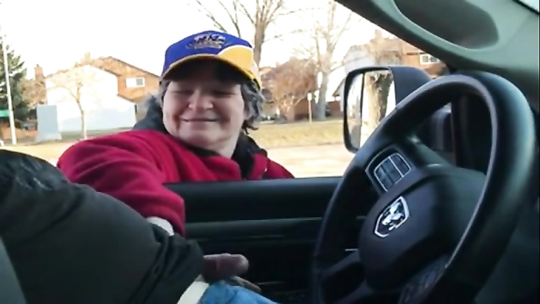 fat granny driving - Granny is happy to help with the boner
