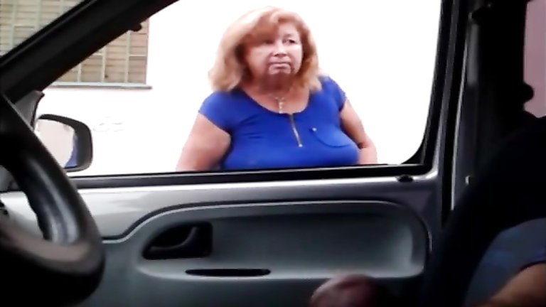 Wanking as old ladies look into his car