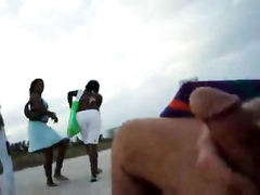 Fapping to fascinated black women at the beach of Miami
