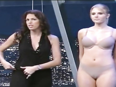Amateurs model bras and panties on Spanish TV