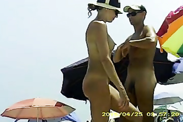 Filming naked girls on the beach