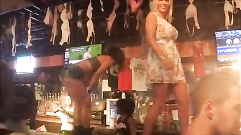 Screwing my hot girlfriend in the bar