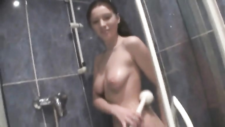 Sexy bathroom blowjob from my cute girlfriend