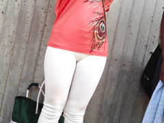 Sexy cameltoe on a chick at the train station