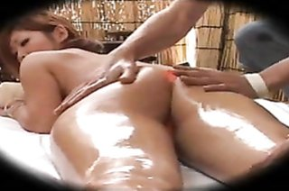 Lovely Japanese lass sucks and gets banged