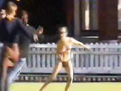 Streaking girl eludes security guards skillfully