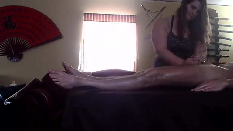 Massage Blowjob For This Horny Client During Massage