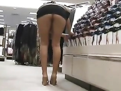 Exposing the private parts in the department store