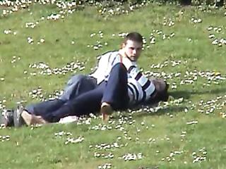 Handjob in the park for her lucky boyfriend