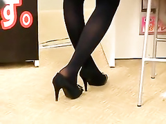 Shoe fetish with a college girl in heels and tights
