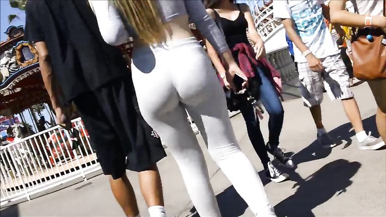 Yoga pants on a fat ass girlfriend at the boardwalk