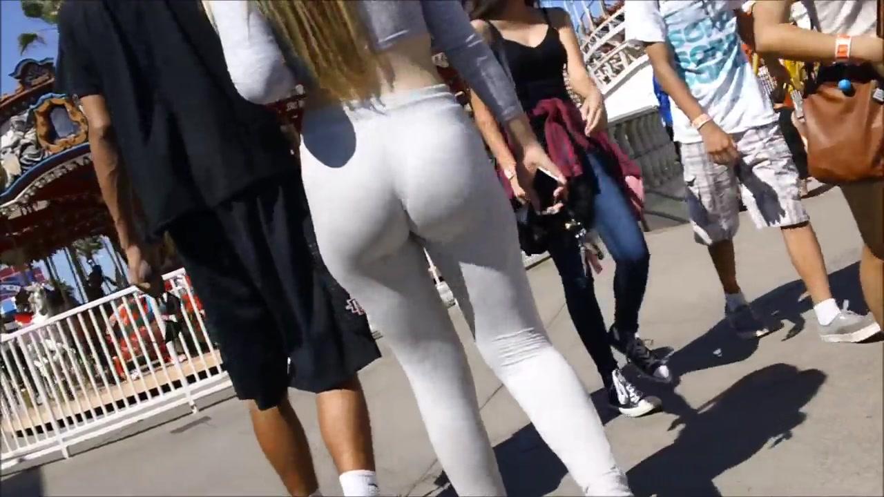 Yoga pants on a fat ass girlfriend at the boardwalk