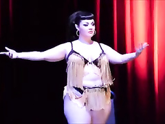 BBW burlesque show with a talented brunette chick