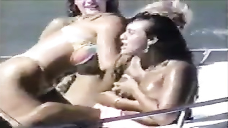 Cute girls accidentally flashing in bikinis