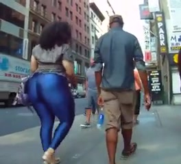 Latina woman with a gigantic booty cruises the city