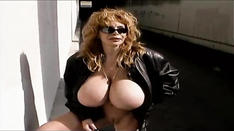 Milf exposes her huge tits in Los Angeles
