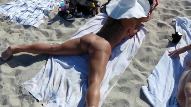 Cute Italian diva spreads her legs and exposes the juicy vagina
