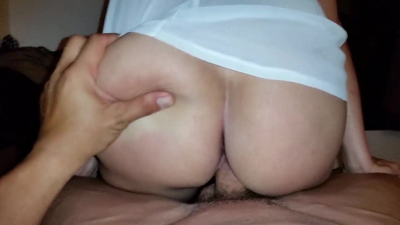 Cheating wife fucks behind his back