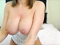 Busty cam babe amazes with constant masturbation
