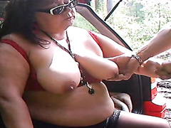 Dogging BBW makes an uncut cock cum