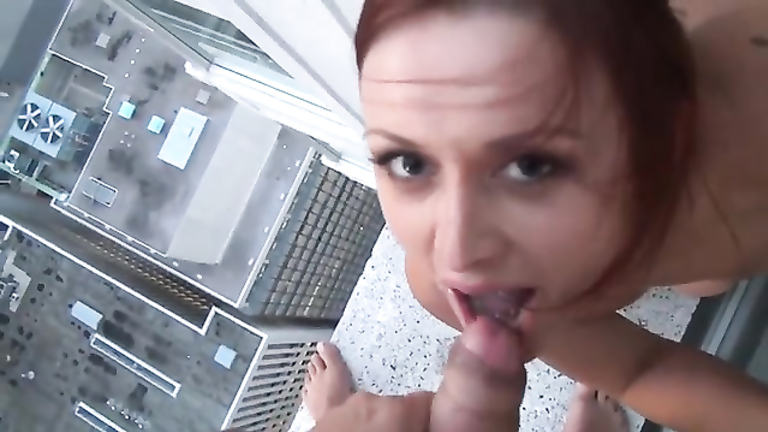 Amateur filmed throating cock and swallowing on the 21st floor